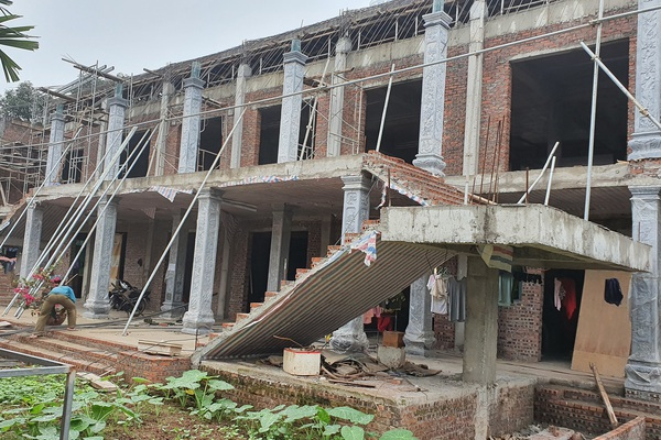 Mua phải gạch kém chất lượng trụ trì chùa Quang Phúc kêu cứu
