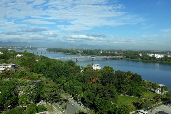 Huế hướng tới đưa sông Hương và cảnh quan đôi bờ thành di sản thế giới