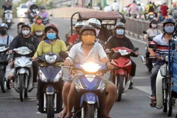 Bật đèn xe vào ban ngày: Đa số người dân phản đối