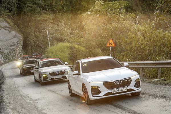 Sắm ô tô xịn chỉ với 200 triệu đồng - cơ hội trong tầm tay người Việt