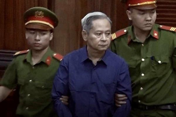 Cựu Phó Chủ tịch UBND TP.HCM Nguyễn Hữu Tín lại sắp hầu tòa