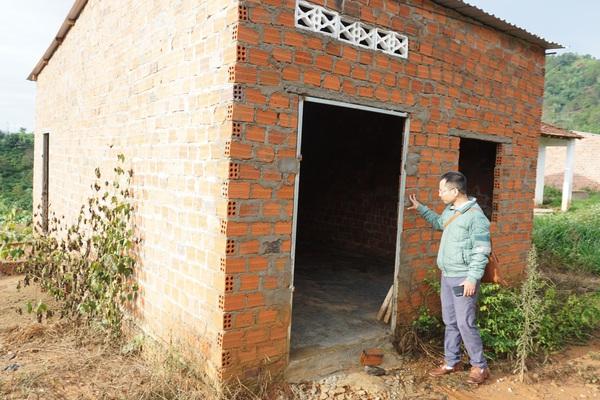 Kon Tum: Dân nhường đất cho thủy điện, 10 năm vẫn chưa tái định cư xong
