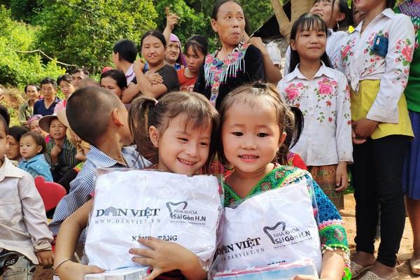 Clip: Khởi công điểm trường kiên cố cho học sinh vùng cao xã Nậm Nhừ (Điện Biên)