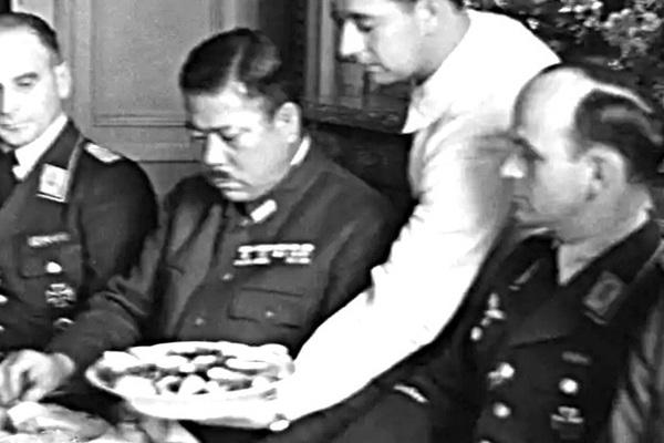 Vì sao Hitler bí mật gặp một hổ tướng của Nhật Bản trong Thế chiến 2