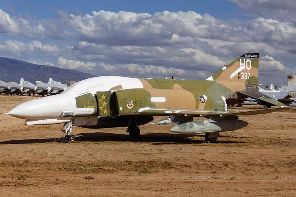"""Liên Xô đã """"bắt"""" máy bay chiến đầu F-68 của Mỹ như thế nào?"""