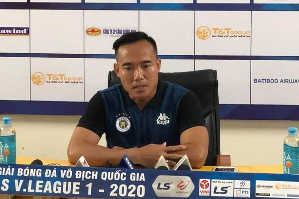 """Thắng đậm HAGL, """"phó tướng"""" Hà Nội FC tố bị chơi xấu!"""