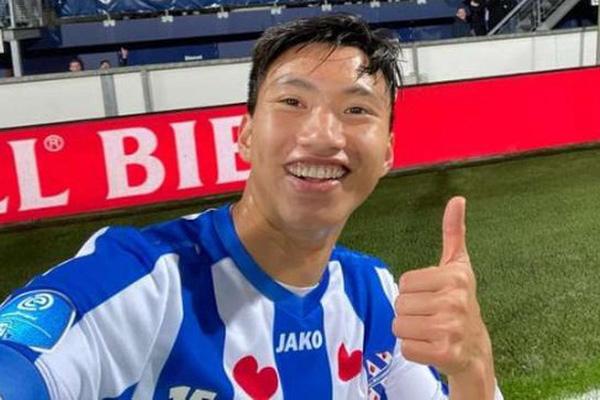 Đoàn Văn Hậu quay về Hà Nội FC, SC Heerenveen ngay lập tức... trả giá