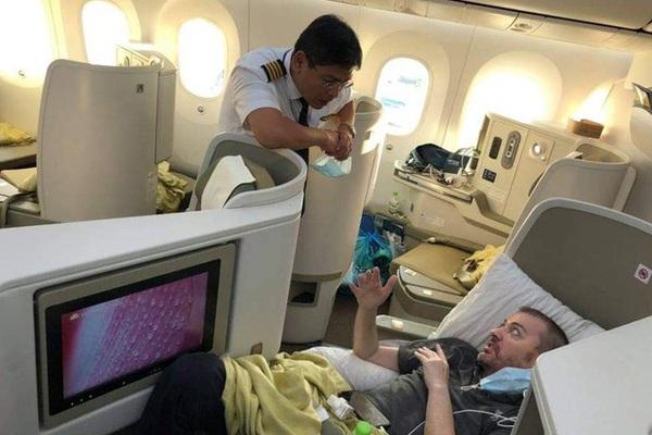 Vì sao bệnh nhân 91 không bay thẳng từ TP.HCM về Anh?