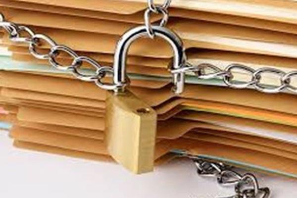 Hành vi chiếm đoạt tài liệu bí mật Nhà nước bị phạt bao nhiêu năm tù?