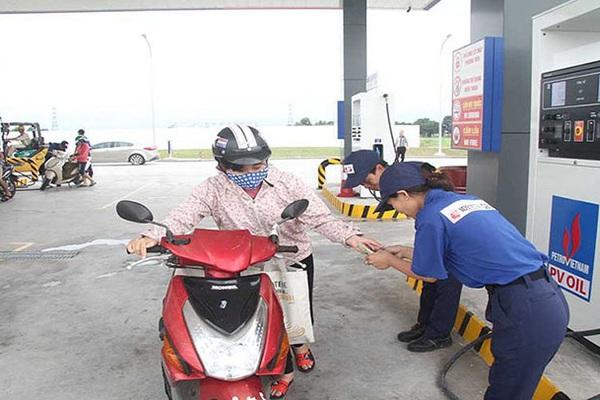 Doanh nghiệp nước ngoài kinh doanh xăng dầu, người dân có được mua xăng giá rẻ?