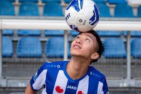 """Gửi thư về Đoàn Văn Hậu, Heerenveen khiến Hà Nội FC """"khó xử""""?"""