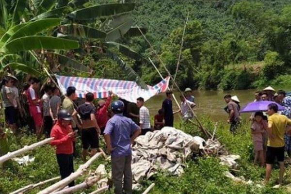 Thi thể 3 thiếu nữ nổi trên sông sau 1 ngày không về nhà