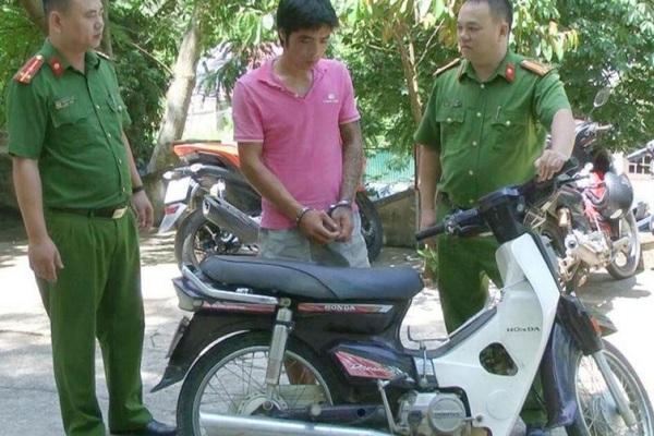 3 công an Thanh Hoá bị thương khi vây bắt đối tượng nhiễm HIV trộm xe máy