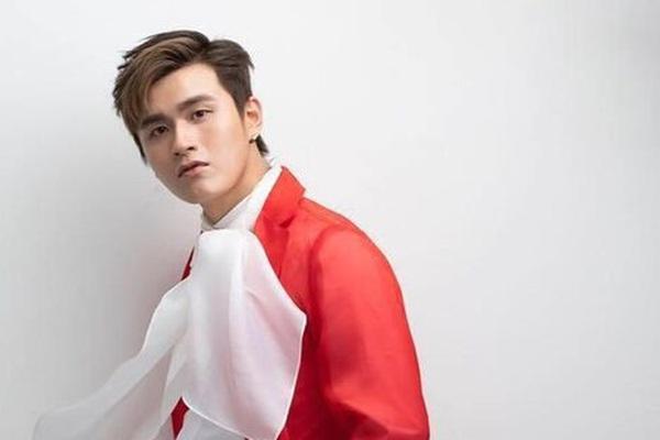 Ca sĩ nổi tiếng Hong Kong tự tử tại nhà riêng vì quá cô đơn