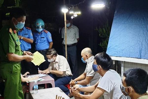 Chủ tịch TT-Huế chỉ đạo nóng sau vụ 3 tài xế khai gian dối để trốn cách ly