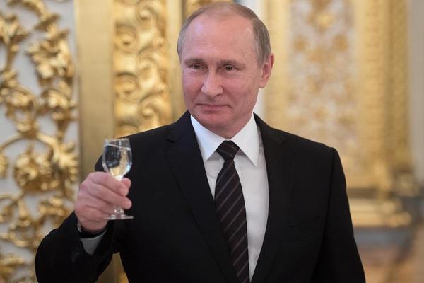 Bất ngờ thu nhập và tài sản của ông Putin năm 2019