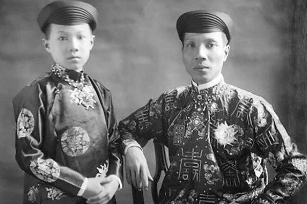 Vị vua Việt không màng phụ nữ, khiến hàng trăm mỹ nhân úa tàn là ai?