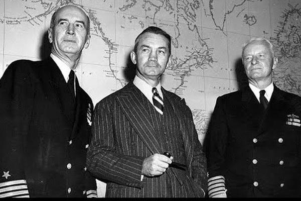 Bí ẩn cái chết của Bộ trưởng quốc phòng Mỹ James Forrestal