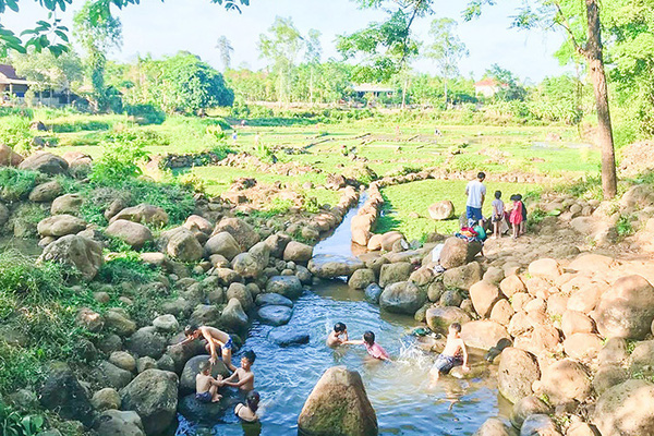 Quảng Trị: Những cái giếng cổ kỳ lạ hàng ngàn năm chưa bao giờ cạn ở vùng đất đầy nắng gió