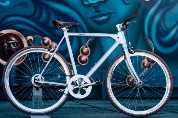 """Chiếc xe đạp điện cùng công nghệ """"tàng hình"""" siêu đỉnh"""