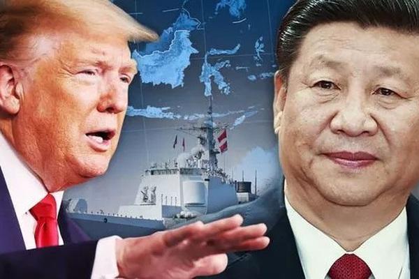 """Thủy quân lục chiến Mỹ khoe """"cơ bắp"""" nắn gân Trung Quốc"""