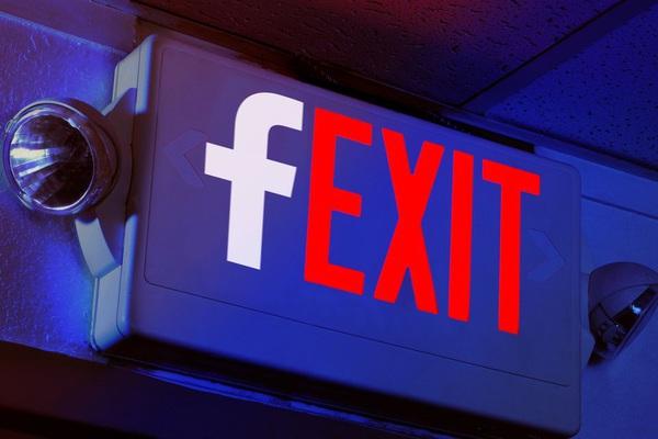 Nếu bất mãn cũng đừng bỏ Facebook!