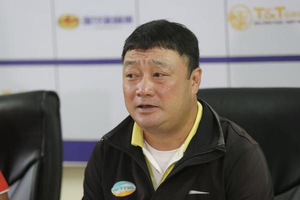 Gieo sầu cho Sài Gòn FC, HLV Trương Việt Hoàng mong mỏi điều này!