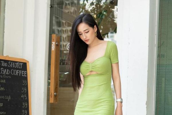 """Mai Phương Thúy diện váy bó sát táo bạo, ngờ đâu """"đụng hàng"""" Ninh Dương Lan Ngọc"""