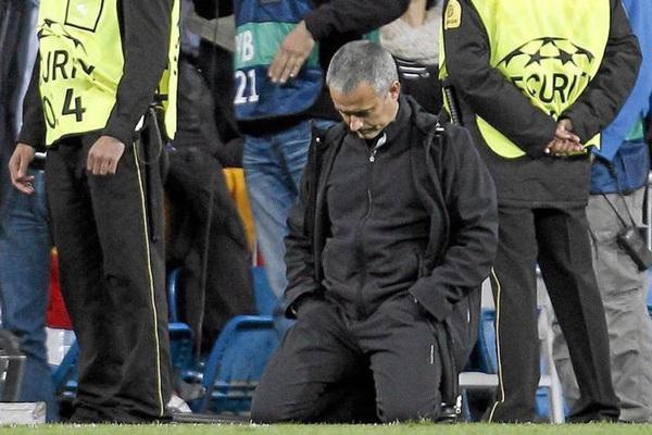 HLV Jose Mourinho tiết lộ thất bại đau đớn nhất sự nghiệp