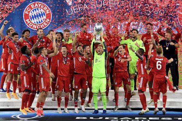 Giúp Bayern Munich giành Siêu cúp châu Âu, HLV Hansi Flick lập kỳ tích không tưởng