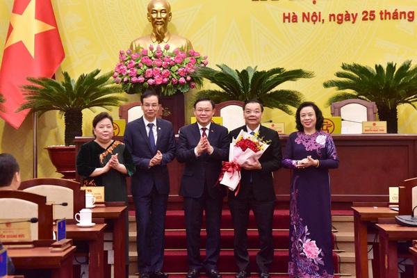 Ông Chu Ngọc Anh trong ngày đầu tiên nhận nhiệm vụ Chủ tịch UBND TP Hà Nội