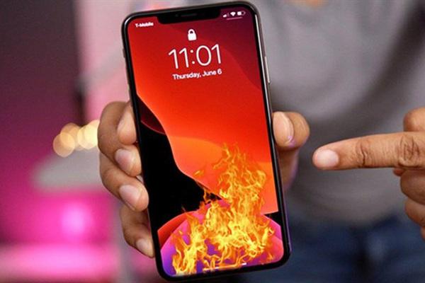 Đã phát hiện nguyên nhân iPhone nóng ran và tụt pin nhanh trên iOS 14, đây là cách khắc phục