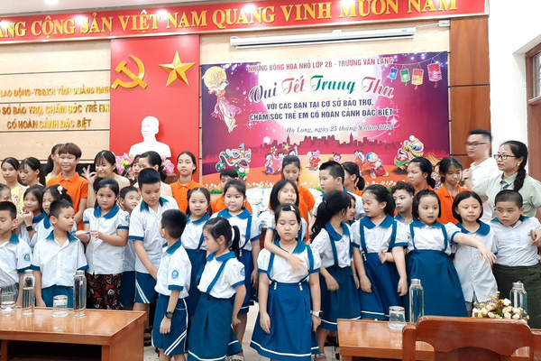 Trung thu ấm lòng nhân ái ở Trung tâm bảo trợ trẻ em Quảng Ninh
