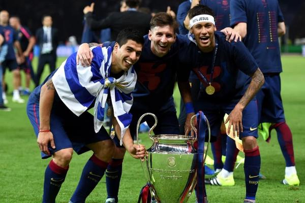 Suarez sang Atletico, Messi và 3 huyền thoại nói lời đắng lòng về Barcelona
