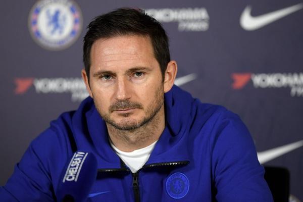 """Chelsea thoát thua ngoạn mục, HLV Lampard nói gì về """"tội đồ"""" Thiago Silva?"""