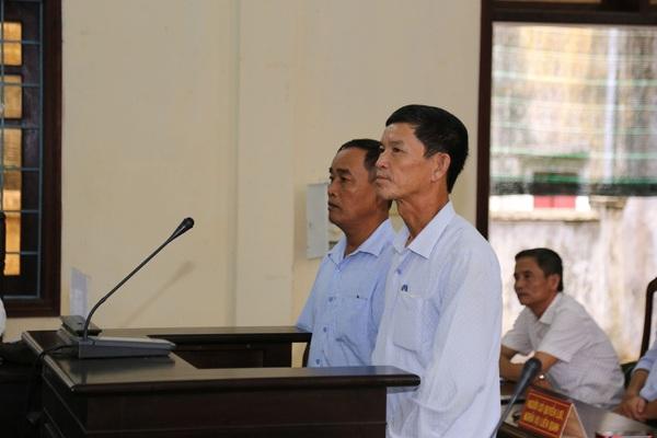 Nguyên Chủ tịch xã kêu oan tại phiên toà có hơn 40 nhân chứng, người liên quan