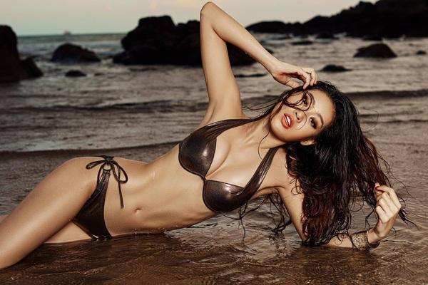 """Hoa hậu Khánh Vân bất ngờ """"khui"""" lại ảnh mặc bikini quyến rũ, chân dài nóng bỏng gây """"sốt"""" mạng"""