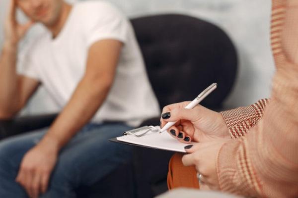 Nếu đàn ông ngoại tình phải ly hôn cưới bồ, thì thà họ ở với vợ cho xong
