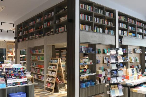 Thành phố sách Phương Nam đầu tiên tại trung tâm TP.HCM - điểm check-in mới của giới trẻ