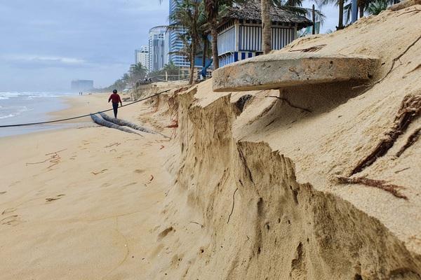 Đà Nẵng nói gì về tình trạng bờ biển bị xói lở?