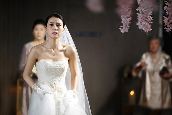 """Lộ quá khứ """"dính phèn"""", tôi bị hủy hôn nhục nhã ngay trước ngày cưới"""