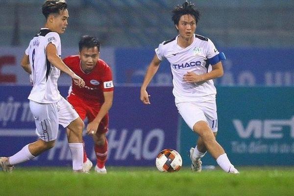 """Tin sáng (19/1): HLV Kiatisak nhận tin cực vui từ """"Ronaldinho Việt Nam"""""""