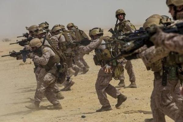 Tổng trị giá trang bị của một Lính thủy đánh bộ Mỹ là bao nhiêu?