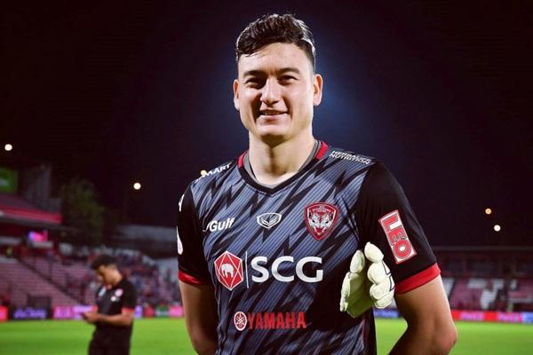 Tin tối (20/1): Đặng Văn Lâm rời Muangthong United, ai mừng nhất?