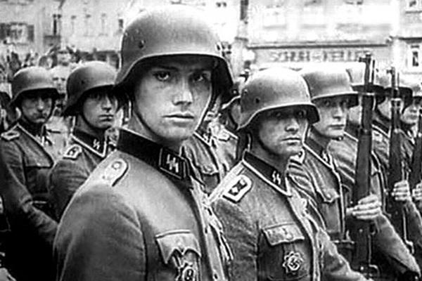 Siêu pháo V3 Adolf Hitler dùng phục hận khủng khiếp ra sao?