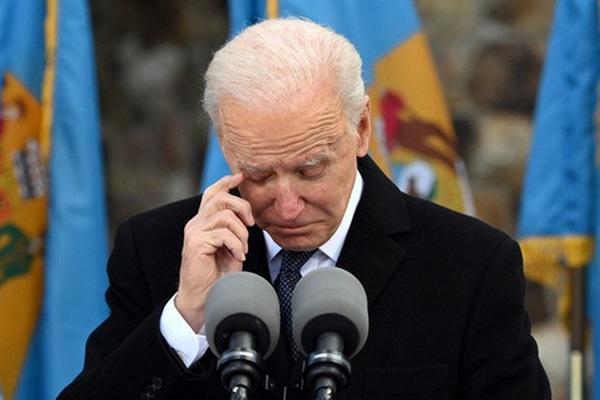Biden bật khóc tiết lộ điều hối tiếc duy nhất trong đời trước khi nhậm chức