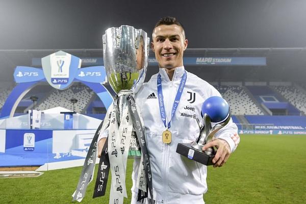 Giúp Juventus giành Siêu cúp Italia, Ronaldo có ngay siêu kỷ lục
