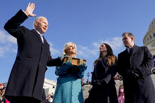 Tổng Bí thư - Chủ tịch nước và Thủ tướng Việt Nam chúc mừng ông Biden nhậm chức Tổng thống Hoa Kỳ