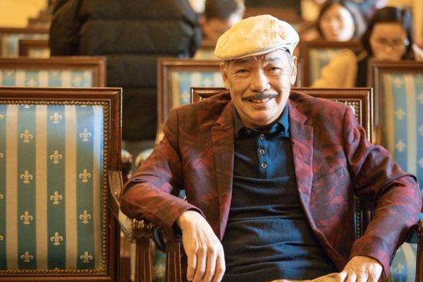 """Nhạc sĩ Trần Tiến tái xuất sau tin đồn qua đời: """"Tôi khỏe, đủ sức đọ tay với trai trẻ"""""""
