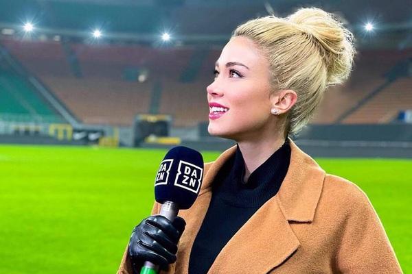 Dialetta Leotta: Nữ MC thể thao quyến rũ khiến CĐV buồn rười rượi